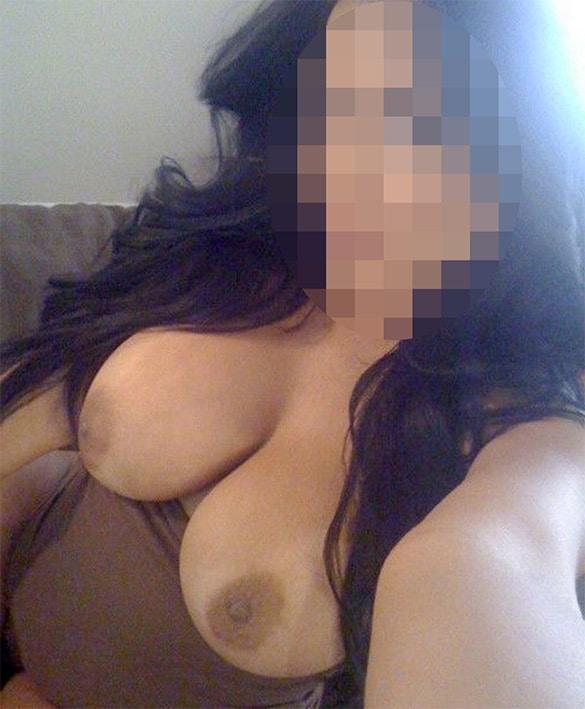 Beurette mature à gros seins