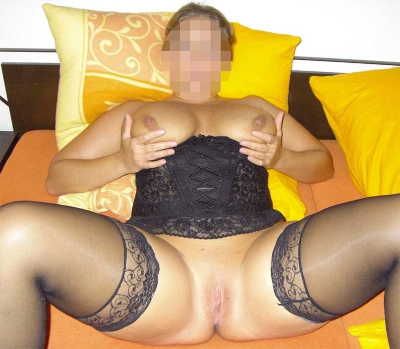 Cougar libertine gros seins